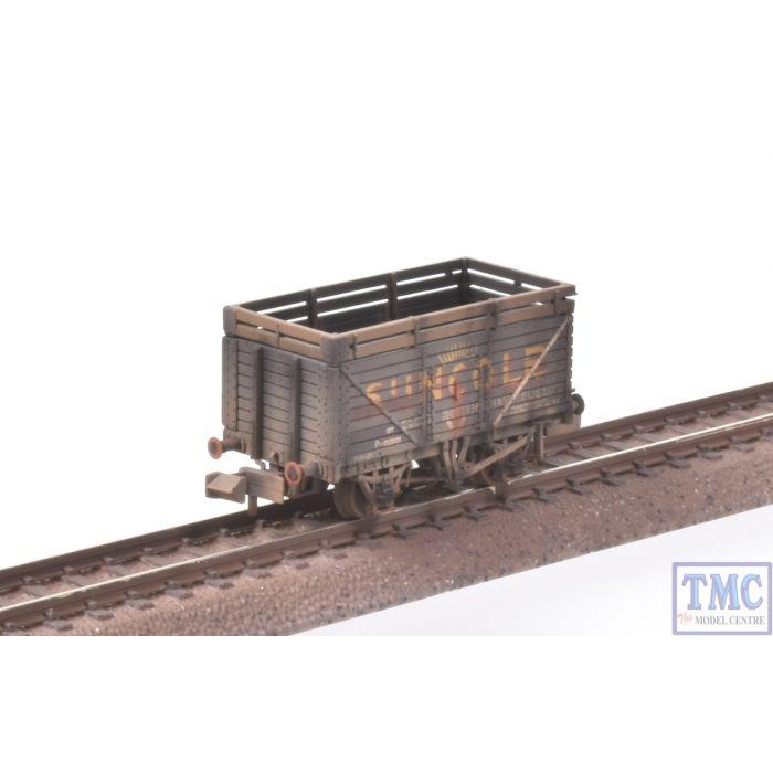 P Number Weathered 377-206A Farish N Gauge 8 Plank Wagon w Coke Rails Suncole
