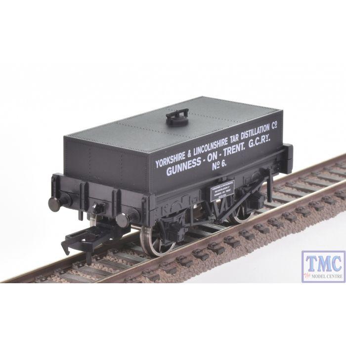 B757 Dapol OO Gauge Rectangular Tank Wagon Yorks & Lincs Tar Distillation  Co Black