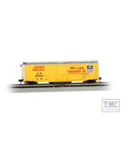 16366 Bachmann OO/HO Gauge 50' Plug-Door Track Cleaning Box Car - Union Pacific