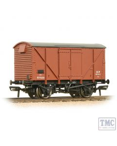 38-170D Bachmann OO Gauge 12 Ton BR Plywood Ventilated Van Bauxite (Early)