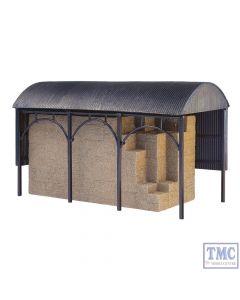 42-0056 Scenecraft N Gauge Dutch Barn