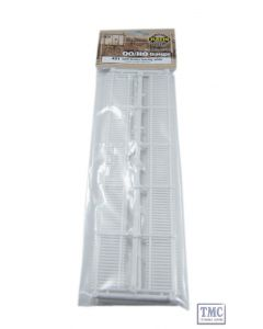 421 Ratio GWR Station Fencing White (straight only) OO Gauge Plastic Kit
