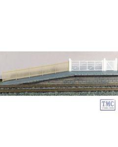 432A Ratio SR Precast Concrete Pale Fencing (gates & ramps) OO Gauge Plastic Kit
