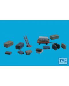 5174 Modelscene N Gauge Luggage 9 In Pack Trolleys 2 In Pack & Sack Trucks