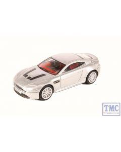 76AMVT002 Oxford Diecast OO Gauge Aston Martin V12 Vantage S Lightning Silver