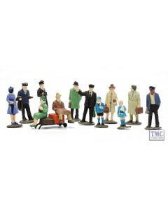 C008 Dapol OO Gauge Platform Figures (Set Of 36) Plastic Kit