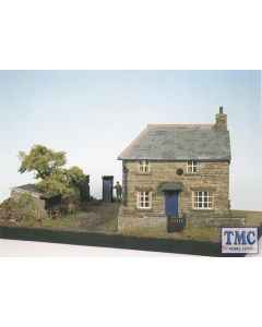 CK10 Wills Farm Cottages Scene Plastic Kit Crafstman Series OO Gauge