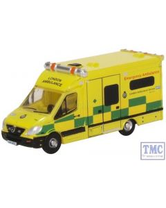 NMA002 Oxford Diecast N Gauge Mercedes Ambulance London
