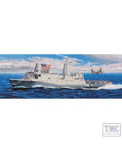 PKTM05616 Trumpeter 1:350 Scale USS New York LPD-21 (ex-Gallery)