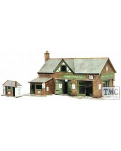 B32 Superquick OO/HO Country Garage with Petrol Pump - Card Kit