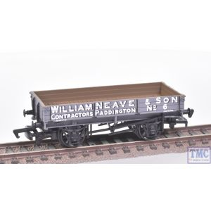 13302 Replica Railways OO Gauge 3 Plank Wagon William Neave & Son 6