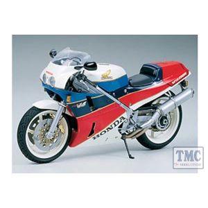 14057 Tamiya 1:12 Scale Honda VFR750R