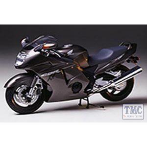 14070 Tamiya 1:12 Scale Honda CBR 1100XX S. Blackbird