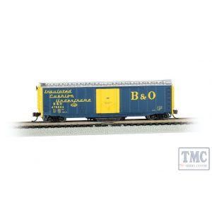 16368 Bachmann OO/HO Gauge 50' Plug-Door Track Cleaning Box Car - B&O (Blue & Yellow)
