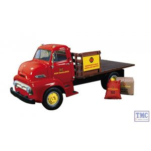 19-3913 First Gear 1:34 SCALE 1953 Ford COE Half Stake Truck with Load 'New Holland'