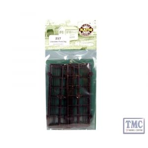 217 Ratio Lineside Fencing Wood Brown N Gauge Plastic Kit