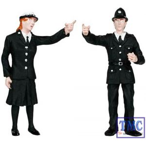 22-144 Scenecraft G Scale Police and Security Staff