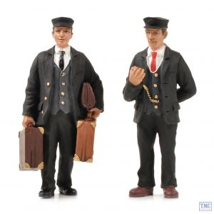 22-177 Scenecraft G Scale Station Master and Porter