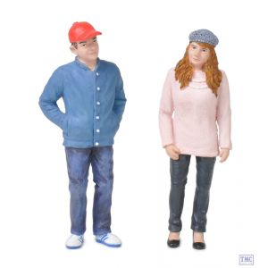 22-181 Scenecraft G Scale Lineside Models Teenagers