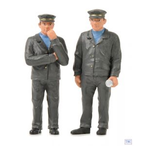 22-187 Scenecraft G Scale Lineside Models Two Locomotive Staff