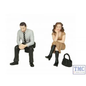 22-194 Scenecraft G Scale Sitting Passengers