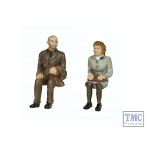 22-195 Scenecraft G Scale Sitting Passengers