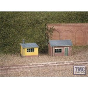 237 Ratio 2 Lineside Huts (1 brick 1 wood) N Gauge Plastic Kit