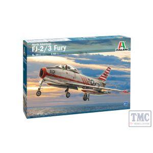 2811 Italeri 1:48 Scale North American FJ-2/3 Fury