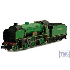 2S-002-001 Dapol N Scale Schools 902 Wellington Malachite Lined Green Southern