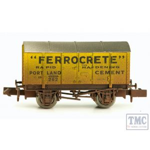 2F-013-016 Dapol N Gauge Gunpowder Van Ferrocrete 262 Weathered