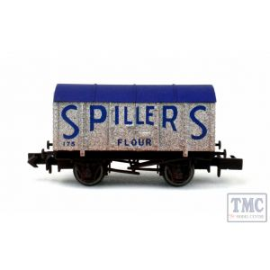 2F-013-058 Dapol N Gauge Gunpowder Van Spillers 175 Weathered
