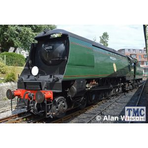 2S-034-003D Dapol N Gauge BofB 34110 66 Squadron BR Green Early Crest (DCC-Fitted)