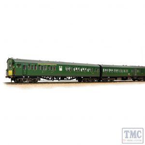 31-236A Bachmann OO Gauge Class 205 DEMU 1121 BR (SR) Green (Small Yellow Panels) - Weathered