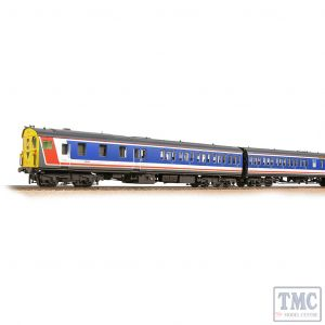 31-239A Bachmann OO Gauge Class 205 DEMU 205001 BR Network SouthEast (Revised) - Weathered