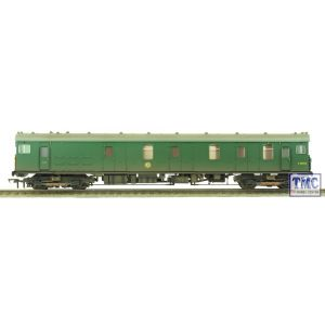 31-266 Bachmann OO/HO Motor Luggage Van (MLV) BR (SR) Green With Yellow Panel Weathered by TMC