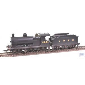 31-318A Bachmann OO Gauge Robinson Class J11 (GCR 9J) 5954 LNER Plain Black Real Coal Weathered by TMC