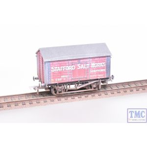 33-181A Bachmann OO Gauge 10T Covered Salt Wagon 'Stafford Salt Works' Red
