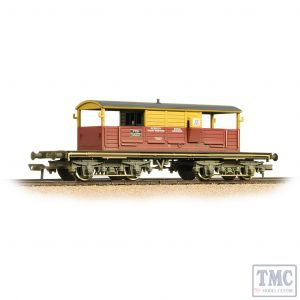 33-831 Bachmann OO Gauge 25 Ton Queen Mary Brake Van SatLink Weathered