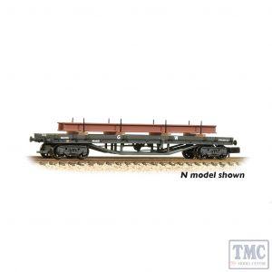 33-927A Bachmann OO Gauge 30T Bogie Bolster GWR Grey - Includes Wagon Load