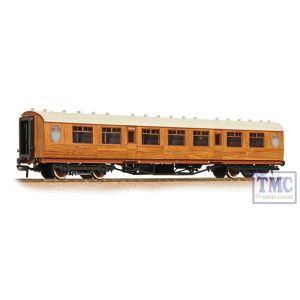 34-385 Bachmann OO Gauge Thompson 3rd Class Corridor LNER Teak