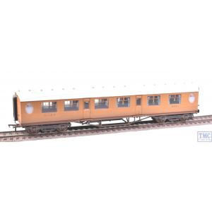 34-410 Bachmann OO Gauge Thompson Composite Corridor Coach LNER Teak Weathered by TMC