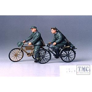 35240 Tamiya 1:35 Scale German Soldiers with Bicycles
