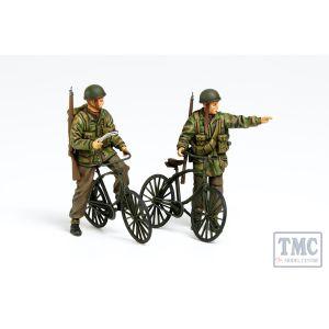 35333 Tamiya 1:35 Scale British Paratroopers with Bikes