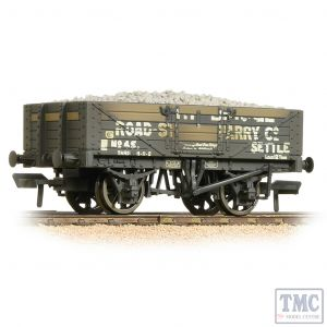 37-039 Bachmann OO Gauge 5 Plank Wagon Steel Floor Weathered Helwith Bridge Road Stone Quarry - with Wagon Load