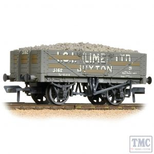 37-040 Bachmann OO Gauge 5 Plank Wagon Steel Fllor I.C.I. (Lime) Ltd. Weathered - with Wagon Load