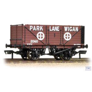 37-082A Bachmann OO Gauge 7 Plank End Door Wagon 'Park Lane Wigan'