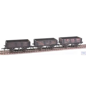 37-097 Bachmann OO Gauge 5 Plank Wagons Coal Traders Triple Pack Deluxe Weathering by TMC