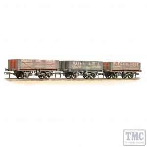 37-097 Bachmann OO Gauge Coal Trader' Pack 5 Plank Wagons - Weathered