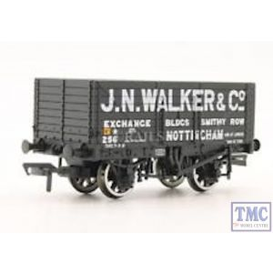 37-125X Bachmann OO/HO Gauge Private Owner 8-Plank Wagon 'J.N.Walker&Co'