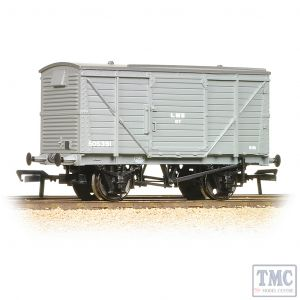 37-803B Bachmann OO Gauge 12 Ton Planked Ventilated Van LMS Grey